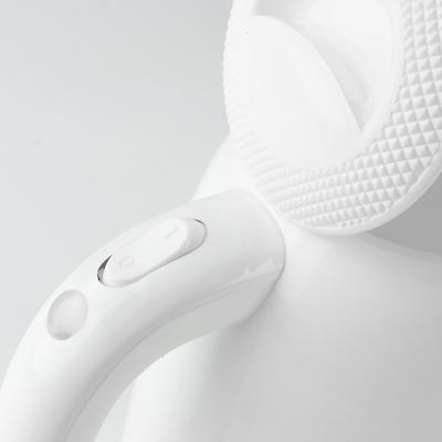 Czajnik elektryczny bezprzewodowy CAMRY 1,7 l biały