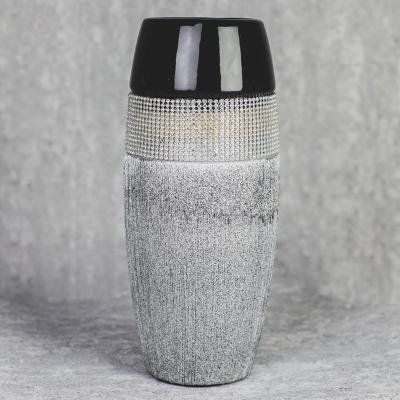 Wazon ceramiczny 28,5 cm srebrno-czarny