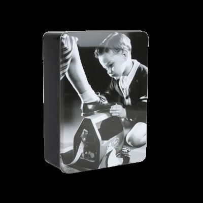 Pudełko metalowe chłopiec 31x22x10 cm